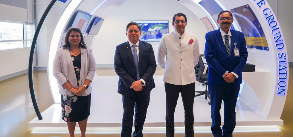 Consul General Dr. Aman Puri visited Amity University Dubai and congratulated them for setting up world class campus in Dubai. 24 August 2021